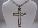ocelový řetízek s přívěskem křížek 1